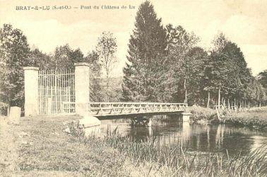 le pont du chateau de lu - Bray-Lu